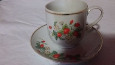 Vintage Porcelain Avon Strawberry Tea Cup And Saucer Dated 1978