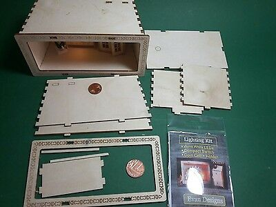 Showcase scale 1/48 ideal for Dolls New