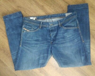 38 Leg Jeans. At Big Fish Clothing, we continue to stock a superb selection of 38 leg jeans for men requiring XT sizes. With jeans from 32 Waist up to 44 Waist and in MXT to 4XT, we have the products to meet a wide variety of requirements.