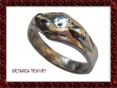 A Beautiful And Genuine 200-400 A.d Roman Ar (Silver) Snake Ring,snakes On Bezel