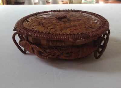 VINTAGE CRAB Woven Basket With Lid TRINKET BOX Unusual