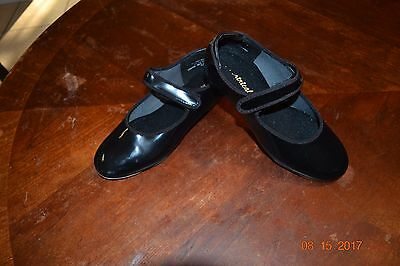 Theatricals black patent leather tap shoes w velcro straps girl's sz 13.5 M