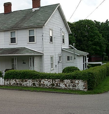 2 BR / 1 BA  Home with Garage, Pittsburgh PA Metro Area