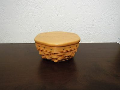 Retired Longaberger 2001 Small  Catch-All Basket with Protector and Lid Included
