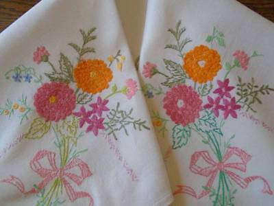 Vintage Hand Embroidered Linen Tablecloth ~ Bright & Beautiful Floral Bouquets