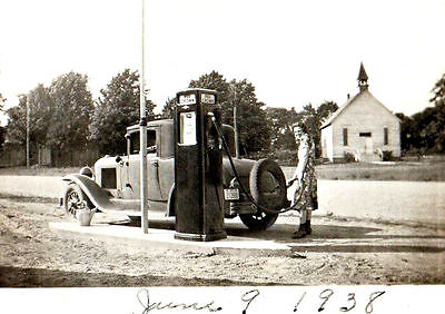 Standard Red Crown Oil Gas Station Service 6/9/1938 Gal Filling Her Car Church