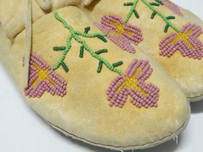 Vintage Cree Indian Floral Beaded Moccasins -Montana  - Adult - Nr !
