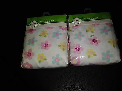 Lot of 2 Circo fitted crib sheets NIP