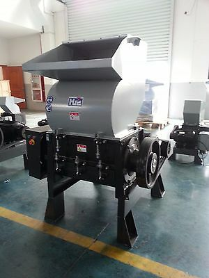 20 Hp, Plastic Granulator With Blower & Cyclone, 3 Phase 220V