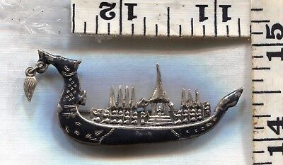 Vintage Sterling Silver Pin~#88685~Siamese Dragonboat With Small Dangle In Mouth