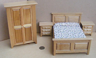 1:12 Scale Four Piece Light Oak Wooden Bedroom Set Dolls House Miniature 4437