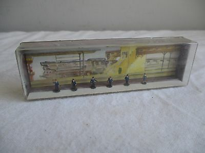 Merten Box Z 908 Railroad Staff - Model Railway Figures x 6 - Z Gauge