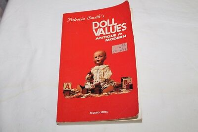 Patricia Smith's DOLL VALUES - ANTIQUE to MODERN - 1980