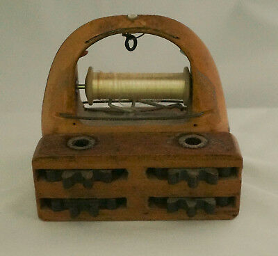 Antique Carved Wood Sewing Implement Tool Spool Tread Winder Shuttle