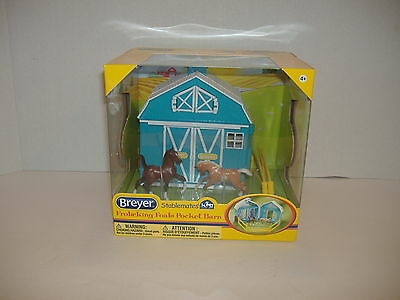 Breyer Stablemates Frolicking Foals Pocket Barn Set-Nib