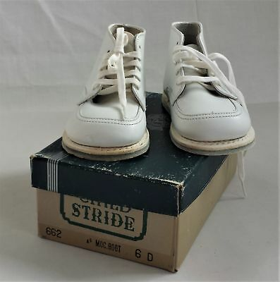 vintage CHILD STRIDE white leather SHOES w Box 6 D Moc Boot 662 unused high