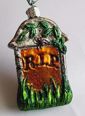 Old World Christmas HALLOWEEN Hand Made Glass Ornament TOMBSTONE