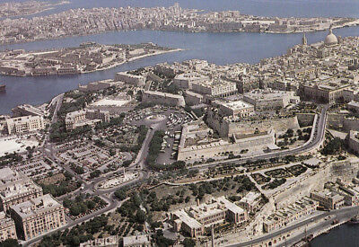 Ak Ungel. Aerial View Showing Valletta And Sliema  Malta  (G3114)