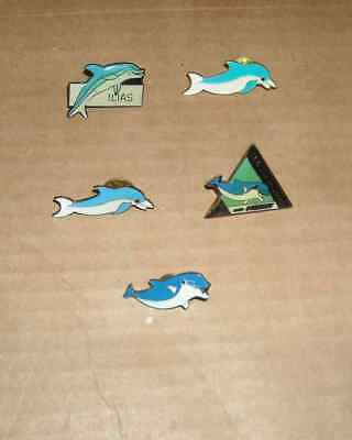 5 Pin's  Pins Dauphins