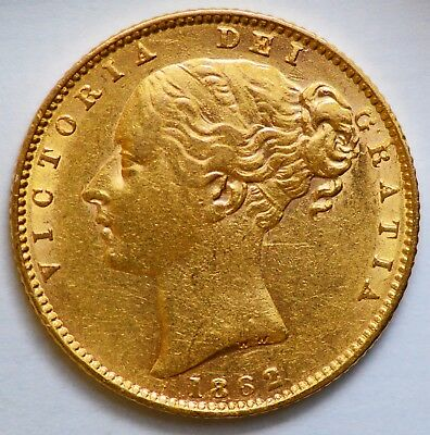 LUSTROUS 1863 Queen Victoria Gold Shield Sovereign - NO DIE NUMBER