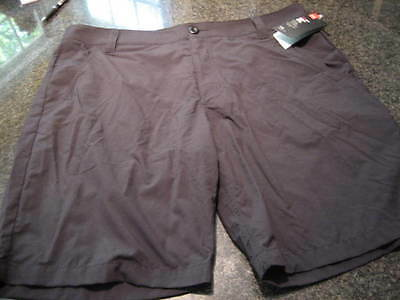 NWT - Mens UNDER ARMOUR Black Flat Front GOLF Shorts (Size 40)
