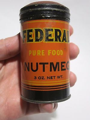 Antique can of Federal Nutmeg spice tin shaker with some remaining Chicago