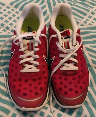 womens size 7 and a half nikes