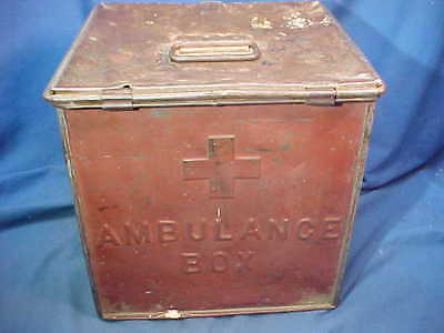 Orig 1912 WW1 era US ARMY Metal AMBULANCE MEDICAL Supply BOX