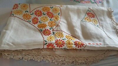 Beaitiful vintage tablecloth Irish linen autumnal hand embroidery  lace edge