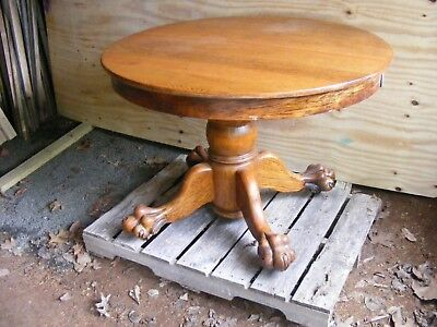 ">> Round Oak Dining Table 42"" Diameter , Nice Claw Feet , pickup Middlefield CT"