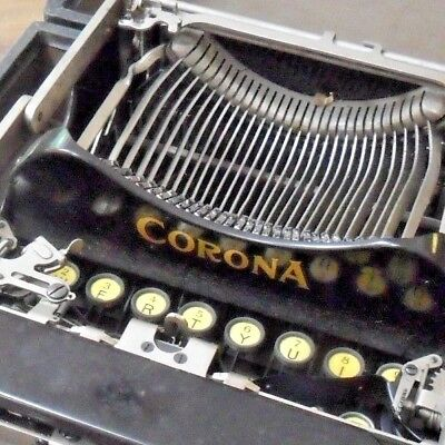 Cool Antique Corona No. 3 Portable Typewriter in Original Case