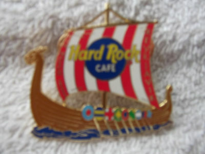 Hard Rock Cafe Reykjavik Pin March 2003 Ship