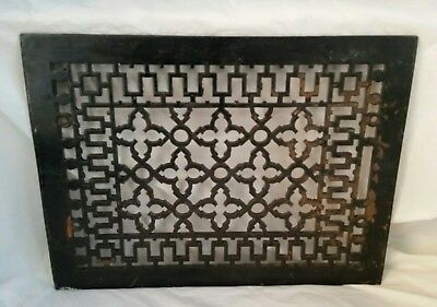 Antique Ornate Cast Iron Heat Grate Architectural Salvage Excellent