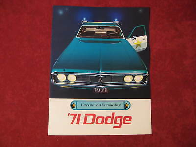 1971 Dodge Police Car Cop Showroom Dealership Brochure Original Old Vintage Nice