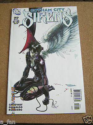 Gotham City Sirens # 22 June 2011 DC Harley Quinn Catwoman Poison Ivy.
