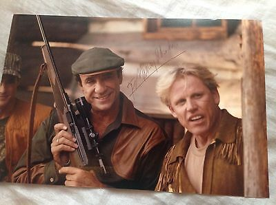 F MURRAY ABRAHAM HAND SIGNED PHOTO 12 x 8 SURVIVING THE GAME ACTOR COA