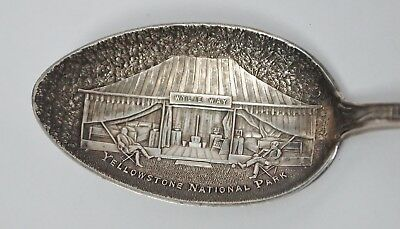 RARE Vintage WYLIE WAY YELLOWSTONE NATIONAL PARK Sterling Silver Souvenir Spoon