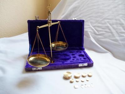 Brass Hanging Balance Scale 50 Gram Velvet Case Box Measuring Weighing Vtg Style