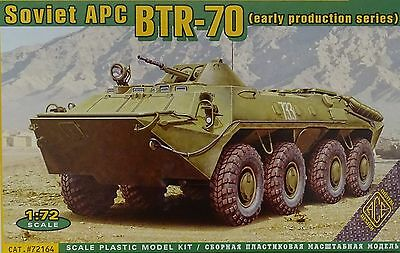 ACE #72164 Soviet APC BTR-70 (Early Production Series) in 1:72