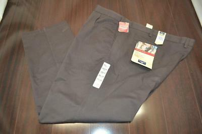 8642 New Mens Dockers Classic Fit Brown Pleated Dress Pants Size 56 x 32