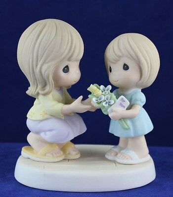 Precious Moments - Girl Giving Card & Flowers to Mother Figurine - 840007