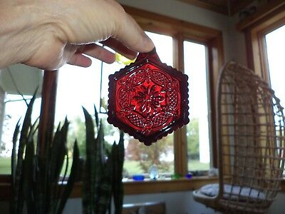 Vintage 1990 Avon 1876 Cape Cod Collection Red Sandwich Glass Christmas Ornament