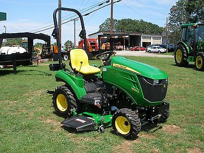 Very  Nice 2015 John Deere 1023E 4 X 4  Mower Tractor  Only 41  Hours