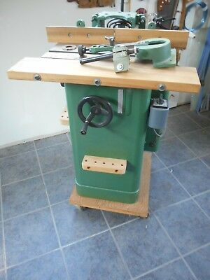 Grizzly 1 1/2 Hp Shaper Model G1035 Used With Bits