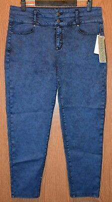 Junior Womens Denim Colored Tinsel Town Cropped Pants Set Size 15 NWT NEW