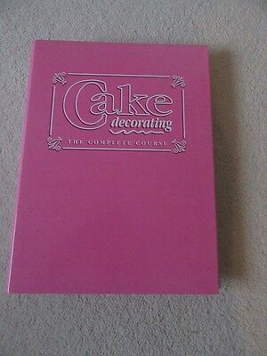 Orbis Cake Decorating The Complete Guide issue 27 - 39