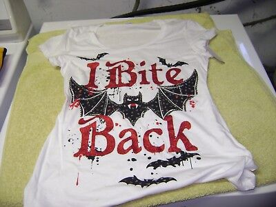 Halloween I  Bite Back   Shirt  With Bats  Juniors Large New