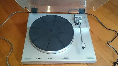 Yamaha P-350 Turntable Record Player Works Great