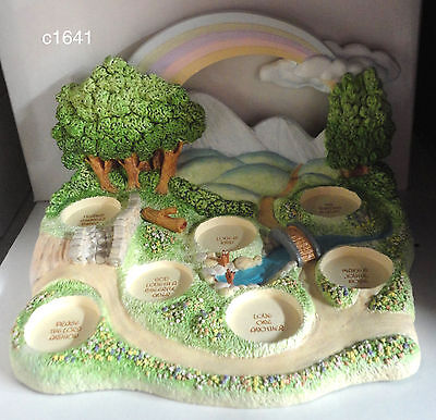 Precious Moments Goebel Miniature Display Plaque FIELDS OF FRIENDSHIP Never Used