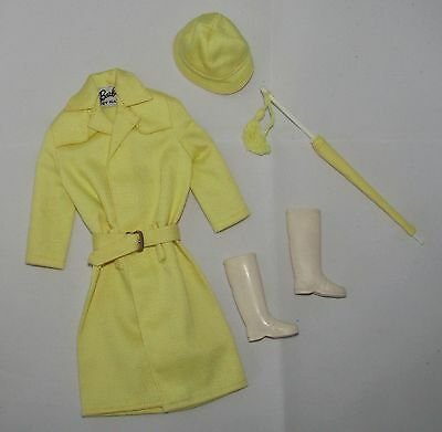 Vintage Barbie Stormy Weather Yellow Raincoat Set #949 Complete